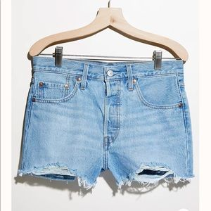 NWT Levi's high rise 501 shorts